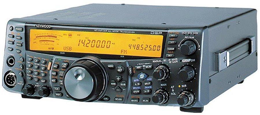 Rádio  Kenwood HF      TS-2000