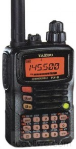 Rádio Yaesu V/UHF/50   VX-6R